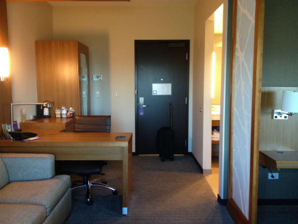 Hyatt Place LAX King Room Review