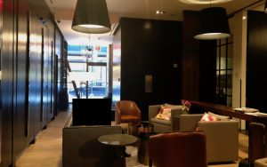 Review Andaz 5th Avenue Lobby Seating Area