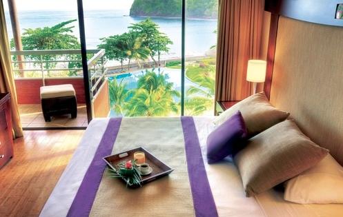 Radisson Plaza Resort Tahiti Club Carlson