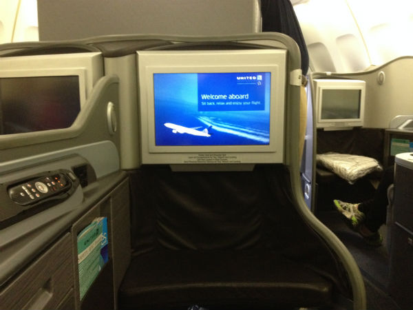 United First Class Seat 747 SYD- SFO