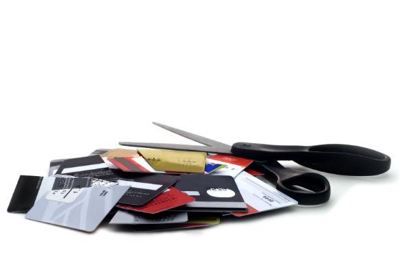 Credit card stack scissors