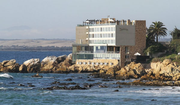 Radisson Acqua Hotel & Spa Concon - One of the hotels where you can earn 5,000 points per night
