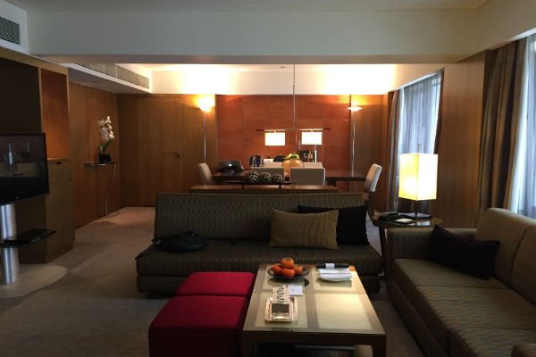 Grand Corporate Suite Living Room