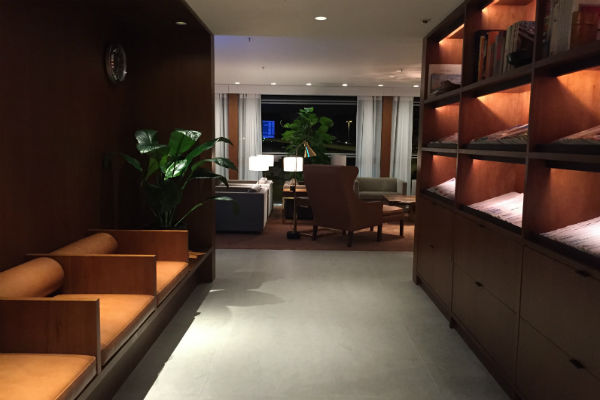 The reading nook at Cathay Pacific The Pier First Class Lounge