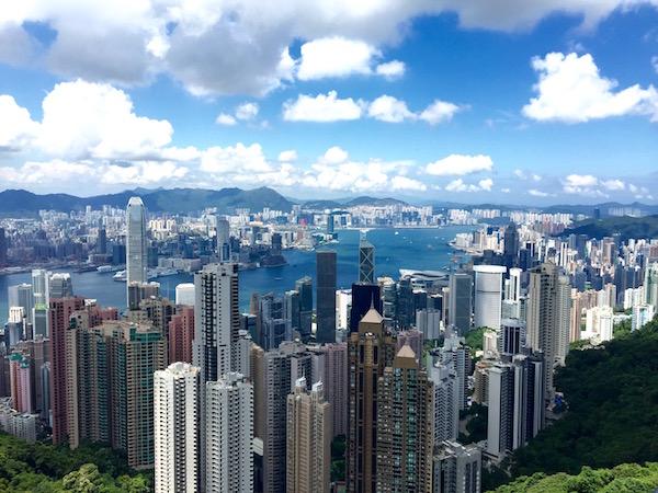 Cheap $400 flights to Hong Kong Asia