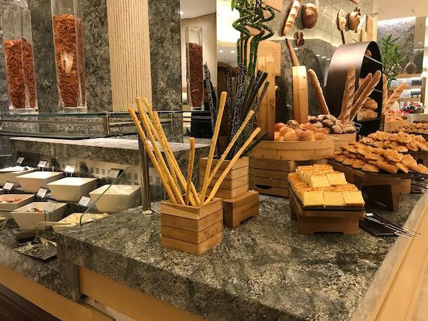 Review Conrad Makkah Al Mearaj Restaurant Breakfast Buffet Bread