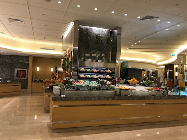 Conrad Makkah Al Mearaj Restaurant Breakfast Buffet Review