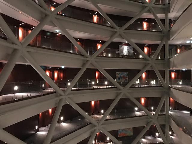 Hyatt Capital Gate Abu Dhabi Atrium