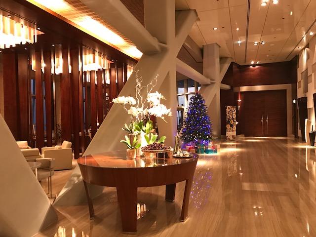 Hyatt Capital Gate Abu Dhabi Lobby During Christmas